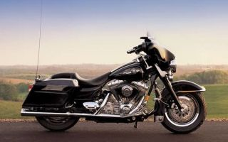 Мотоцикл Harley Davidson FLHT Electra Glide по прозвищу «Электричка»