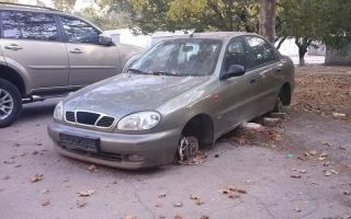 Как законно убрать брошенный автомобиль