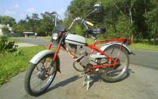 Мопед Рига-13 – популярный советский Конёк-горбунок!