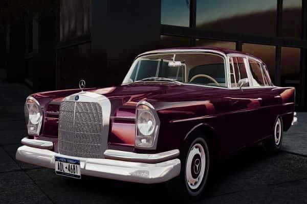 Ретро автомобиль Mercedes-Benz W111
