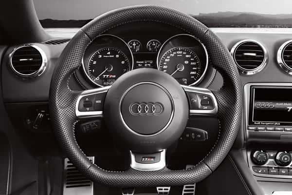 Автомобильный руль. Рулевое колесо
