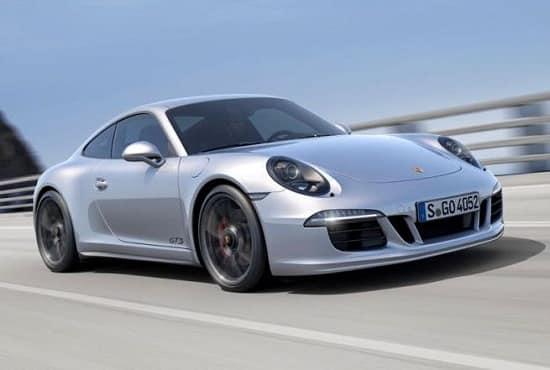 Porsche 911 Carrera GTS - самый известный суперкар!