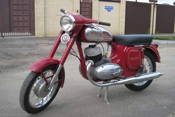 Мотоцикл Jawa 350/360 «Старушка»