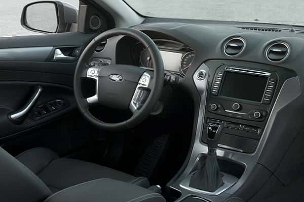 Салон Ford Mondeo 4 поколения