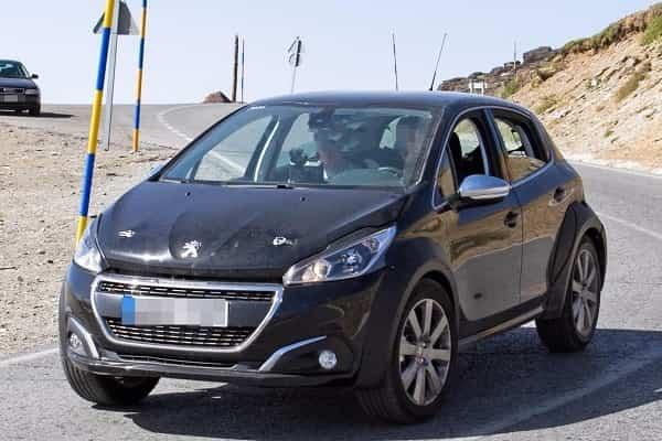 Peugeot 1008 2018 года
