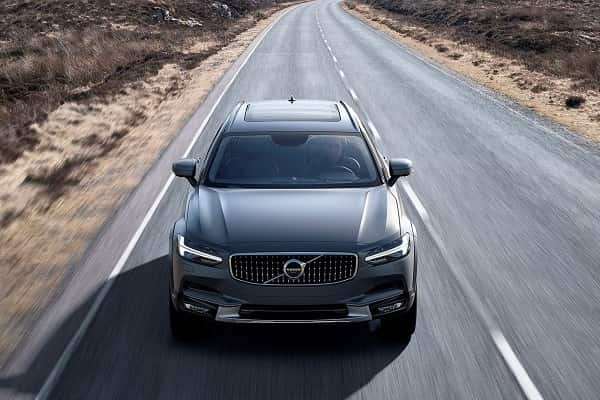 Универсал Volvo V90 Cross Country