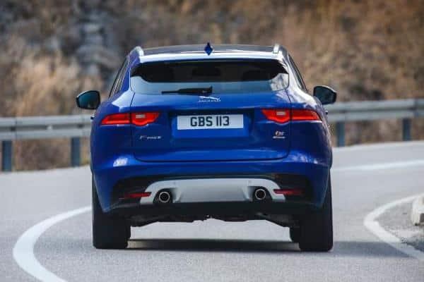 Обновленный Jaguar F-Pace