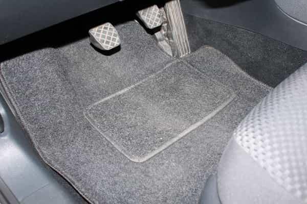 Автомобильный коврик