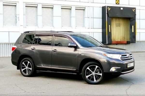 Как-продать-быстро-и-выгодно-автомобиль-Тойота