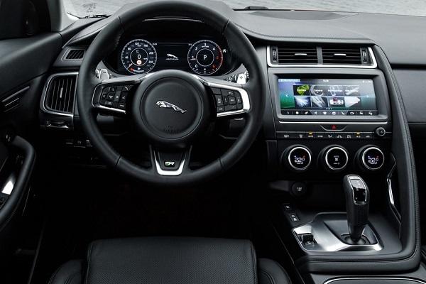 Салон Jaguar E-Pace 2018