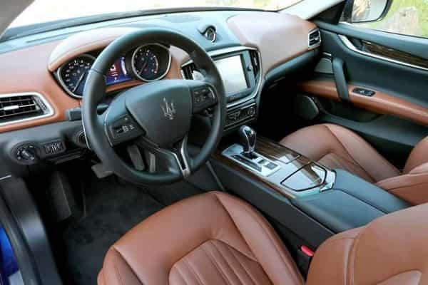Салон Обзор Maserati Levante