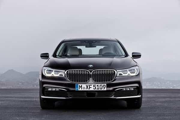 Седан BMW 7 Series