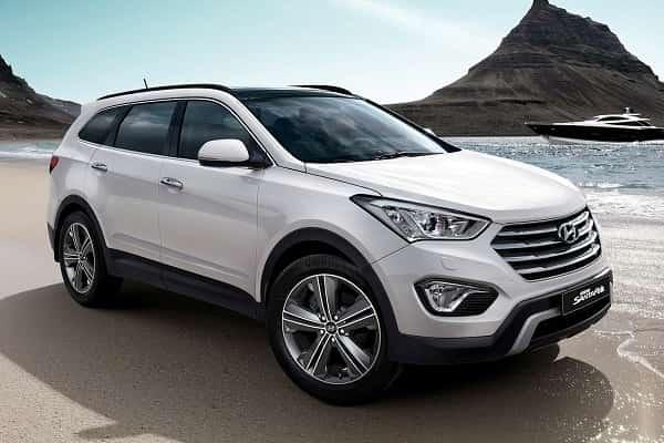 Hyundai-Grand-Santa-Fe-2017