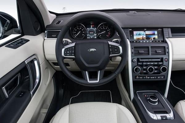 Салон Двигатель Land Rover Discovery 2019