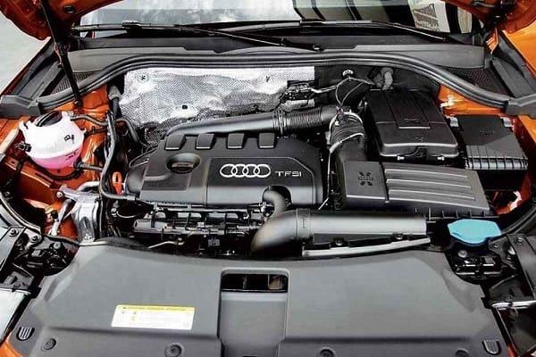 Двигатель Кроссовер Audi Q3 2019