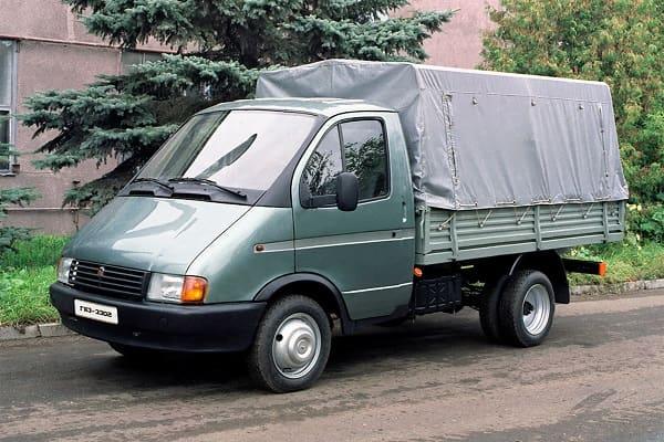 ГАЗ-3302 «Газель» – грузовик, который вытащил торговлю