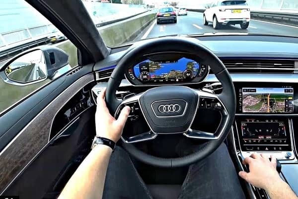 Сало Audi A8 2019 года