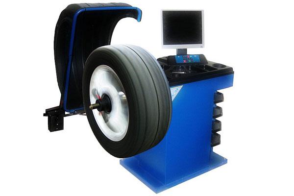 Дисбаланс колес автомобиля: 3 возможные причины