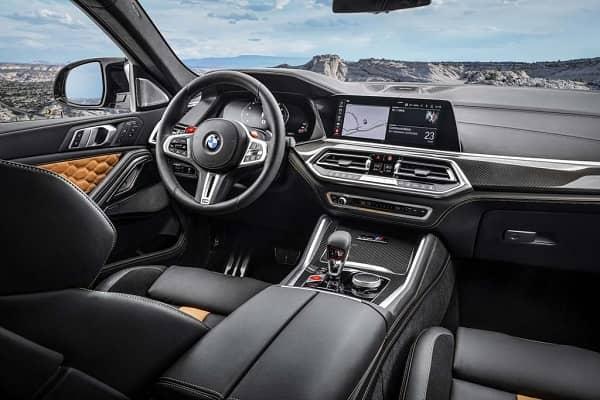 Интерьер BMW X6 2020 года
