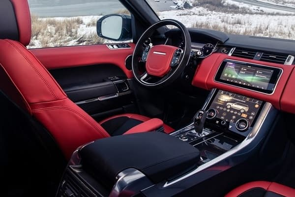Салон Обзор Range Rover Sport HST