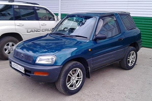 Toyota RAV4 1995 года (первое поколение)-min