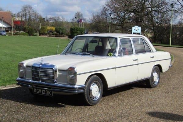 Mercedes-Benz W115 1972 года