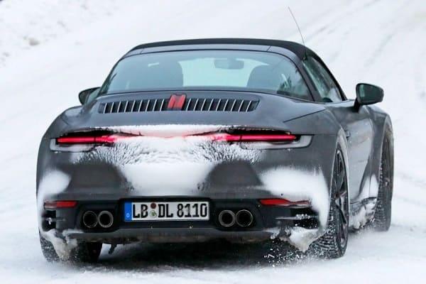 Porsche-992-Targa