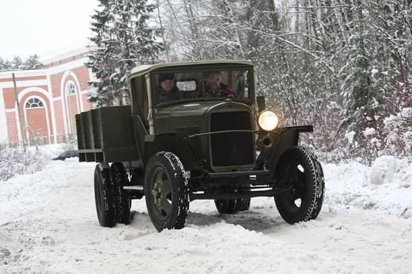 Ретро автомобиль ГАЗ-ММ