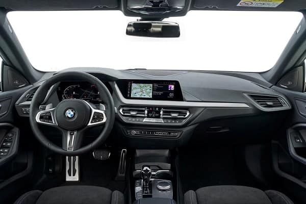 Салон BMW 2 Series Gran Coupe