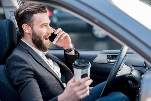 На что отвлекаются водители