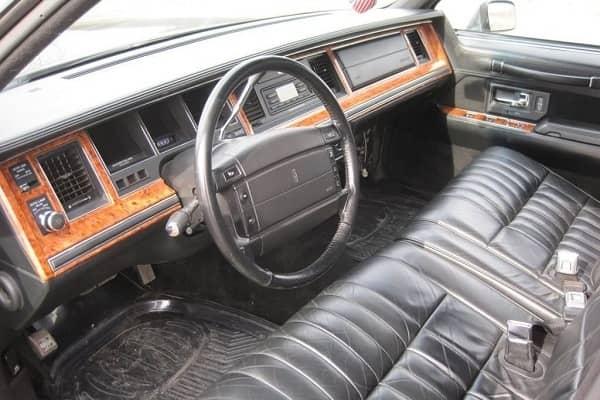 Салон Lincoln Town Car