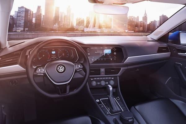 Салон Volkswagen Jetta 2020 года