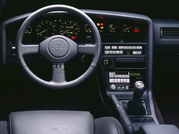 Салон Toyota Supra 1986 года
