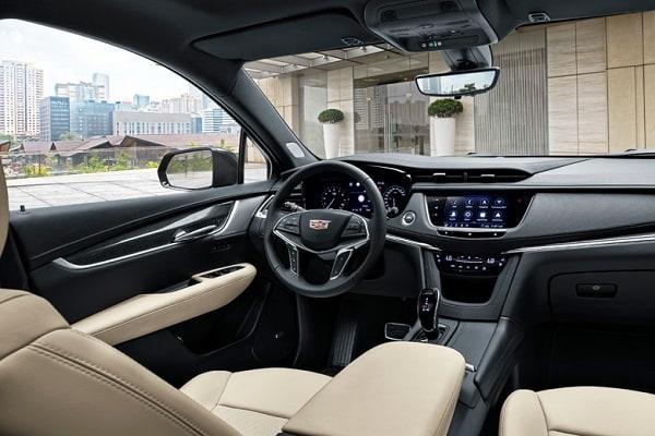Салон Cadillac XT5 2020 года