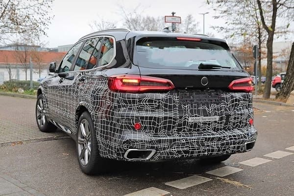 BMW X5 2021 года