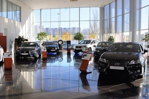 Автомобили на российском рынке в 2021 году