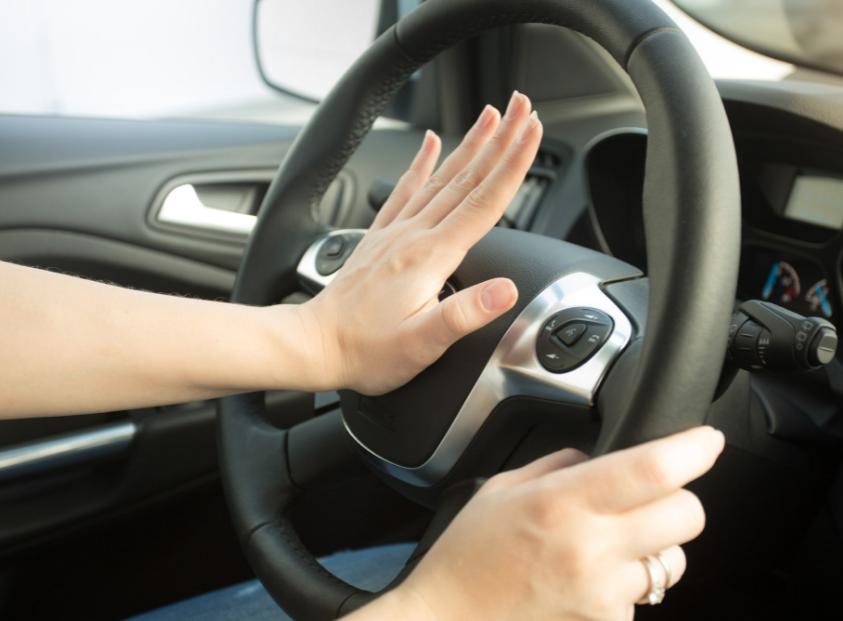 Общение водителей,основные жесты